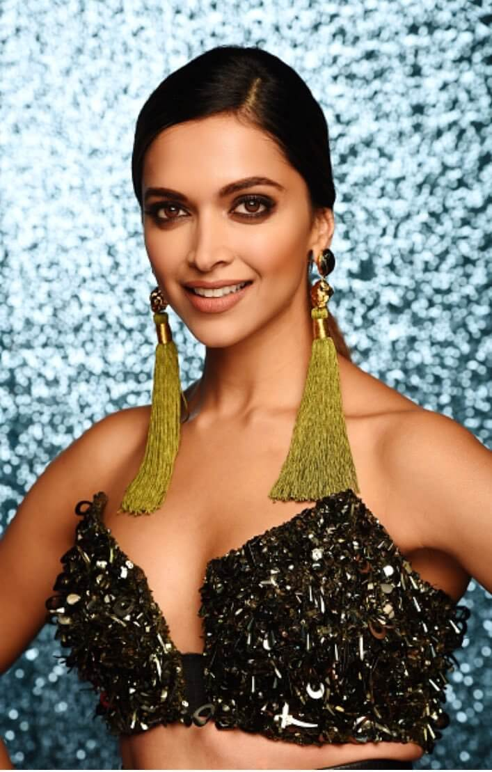 deepika padukone- stylish green color earring