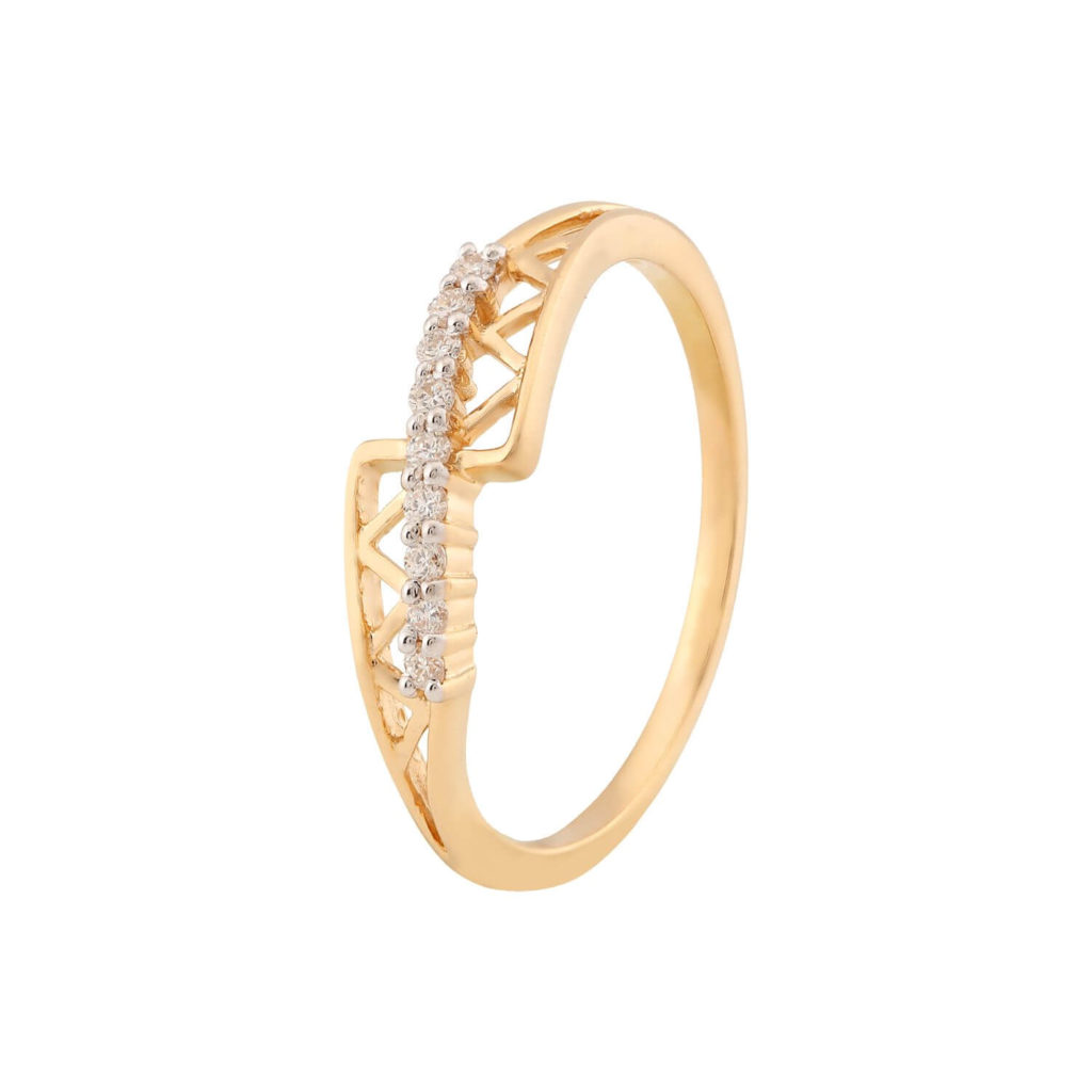 Tanishq gold engagement ring collections