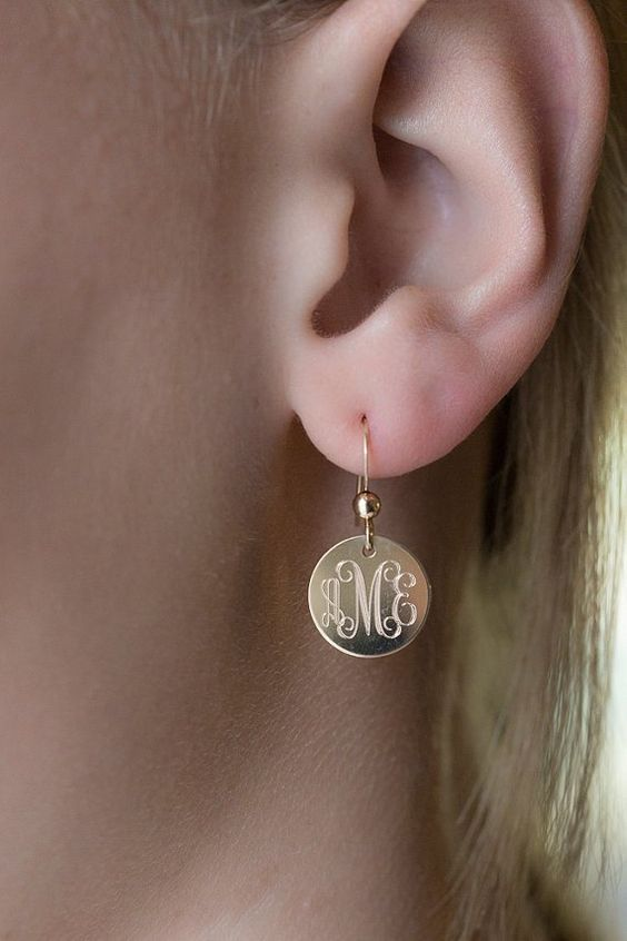 custom-engraved-earring-drops