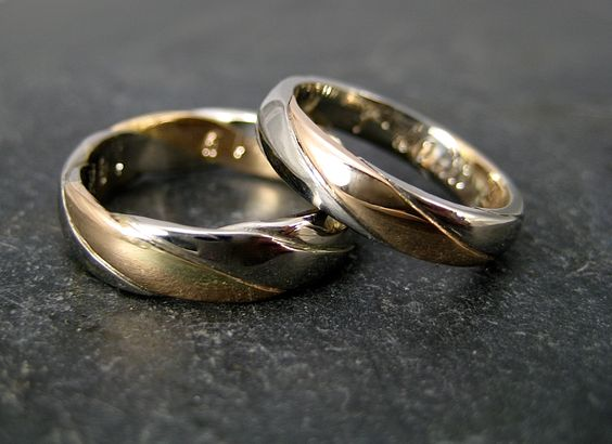 his-her-three-gold-rings
