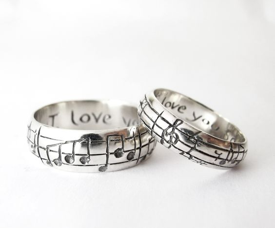 music-couple-wedding-rings