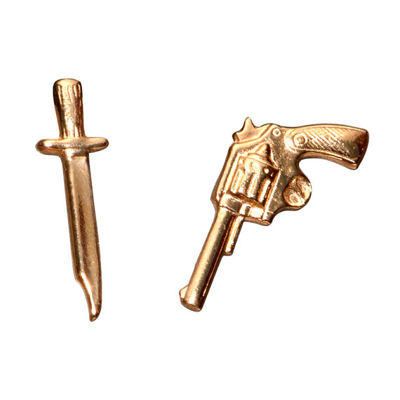 gun-and-sword-mismatched-earring
