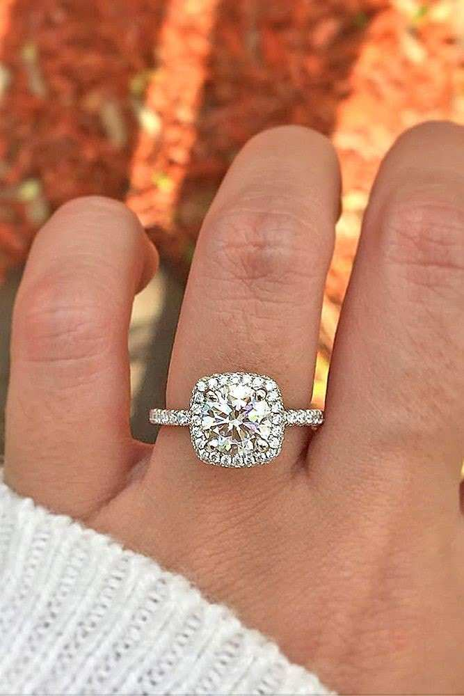 9 Stunning Cushion Cut Diamond Engagement Rings With