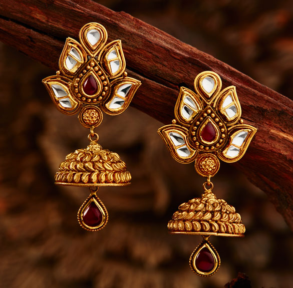 Earring Designs In Gold For Marriage For Brides With